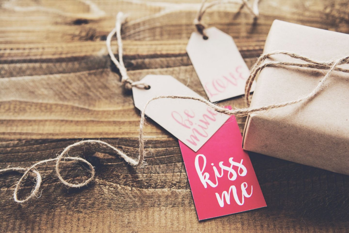 Valentine's Day Gifts for Travellers